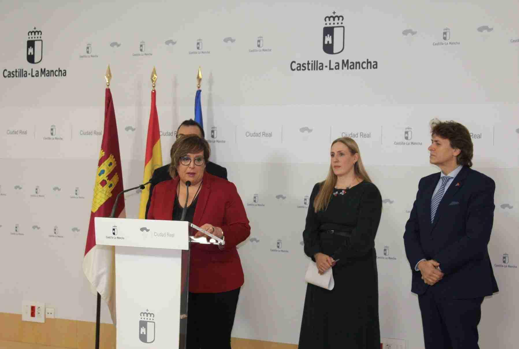 Presentaciones turísticas, gastronómicas, artesanía y talleres infantiles completan el día de Ciudad Real en FITUR 3
