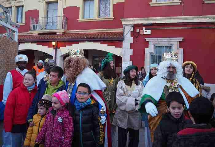 Sigüenza despidió la Navidad de forma multitudinaria con el soniquete de la dulzaina de San Vicente 1