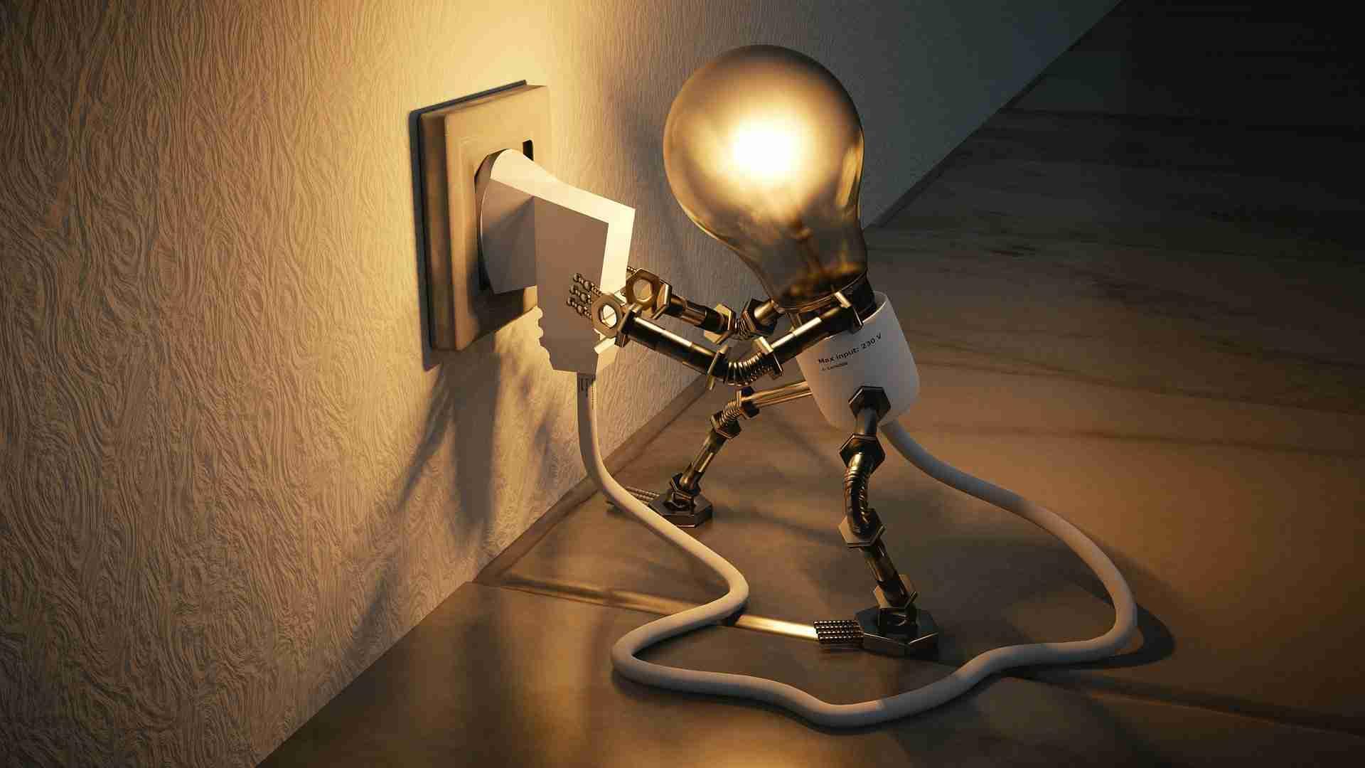 Buenas noticias para los consumidores; el precio de la luz baja 3