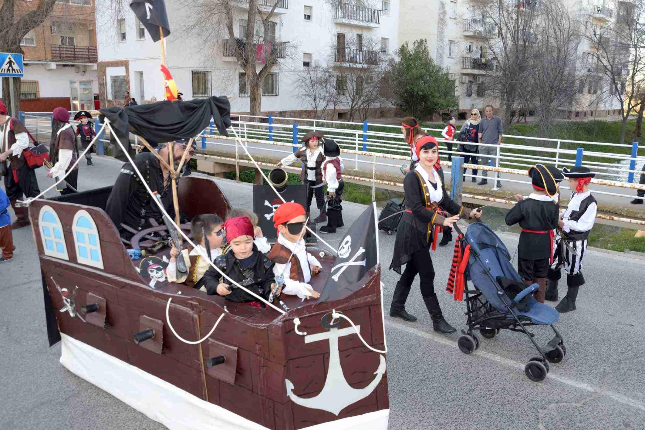Cientos de niños participaron en el Desfile de Comparsas Infantiles de Argamasilla de Alba 31