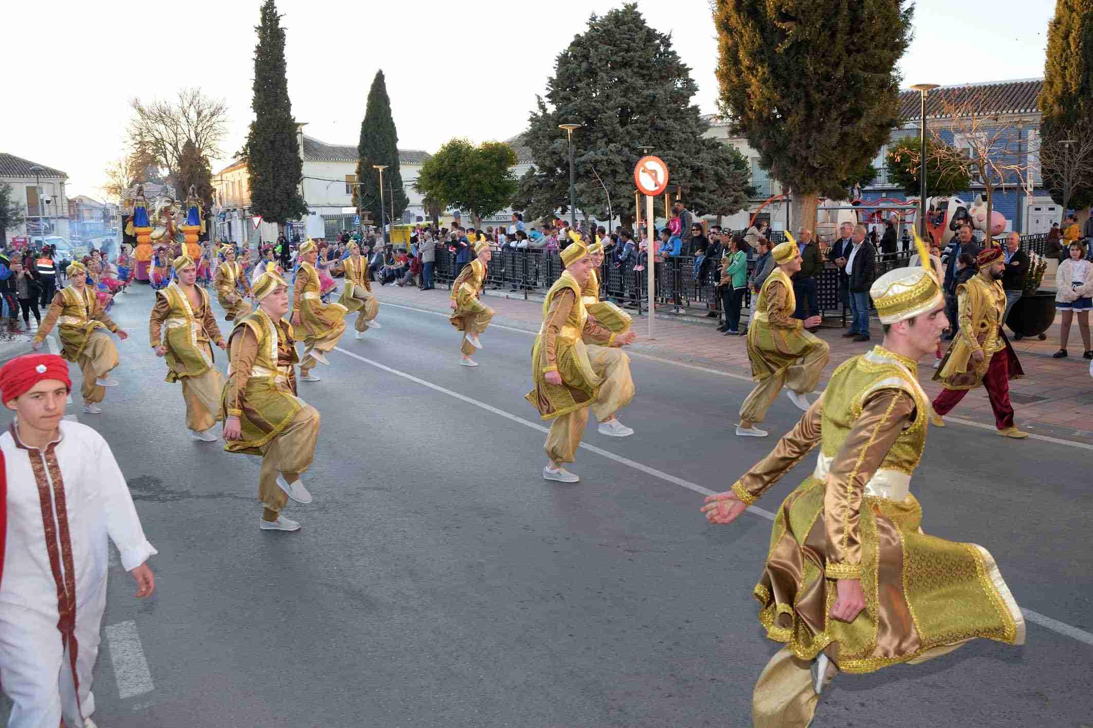 Ritmo, color y mucha originalidad en el Desfile de Comparsas 2020 de Argamasilla de Alba 43