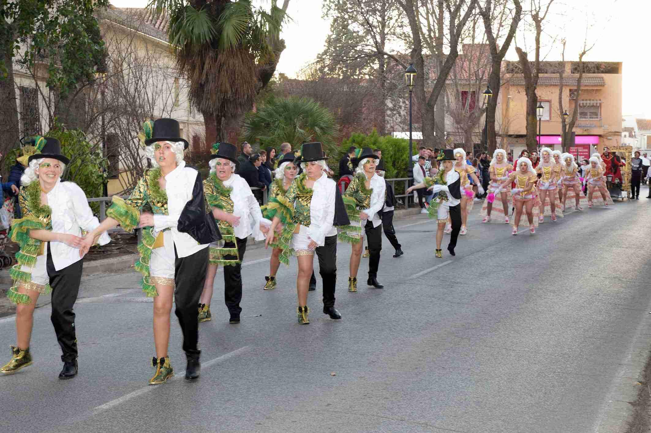 Ritmo, color y mucha originalidad en el Desfile de Comparsas 2020 de Argamasilla de Alba 45