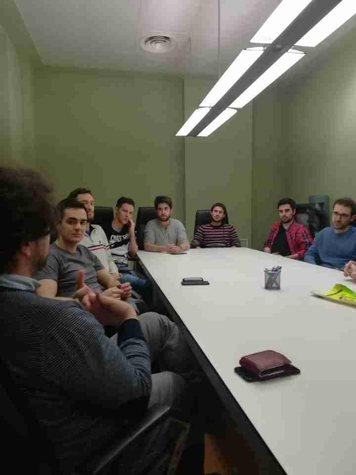 Alumnos de máster en ingeniería industrial asisten a una jornada de mentoring con profesionales del COIIM 3