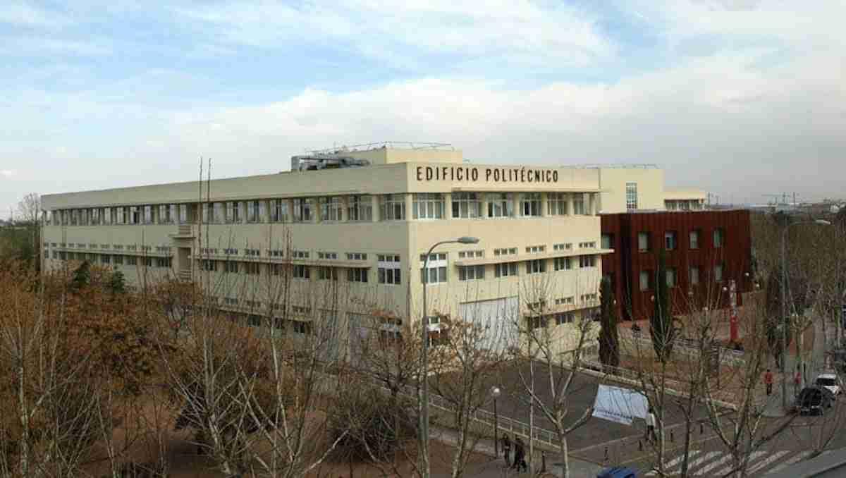 La Escuela de Ingeniería de Caminos de la UCLM promocionará el Grado de Ingeniería Civil durante el Día de Puertas Abiertas en Cuenca 3