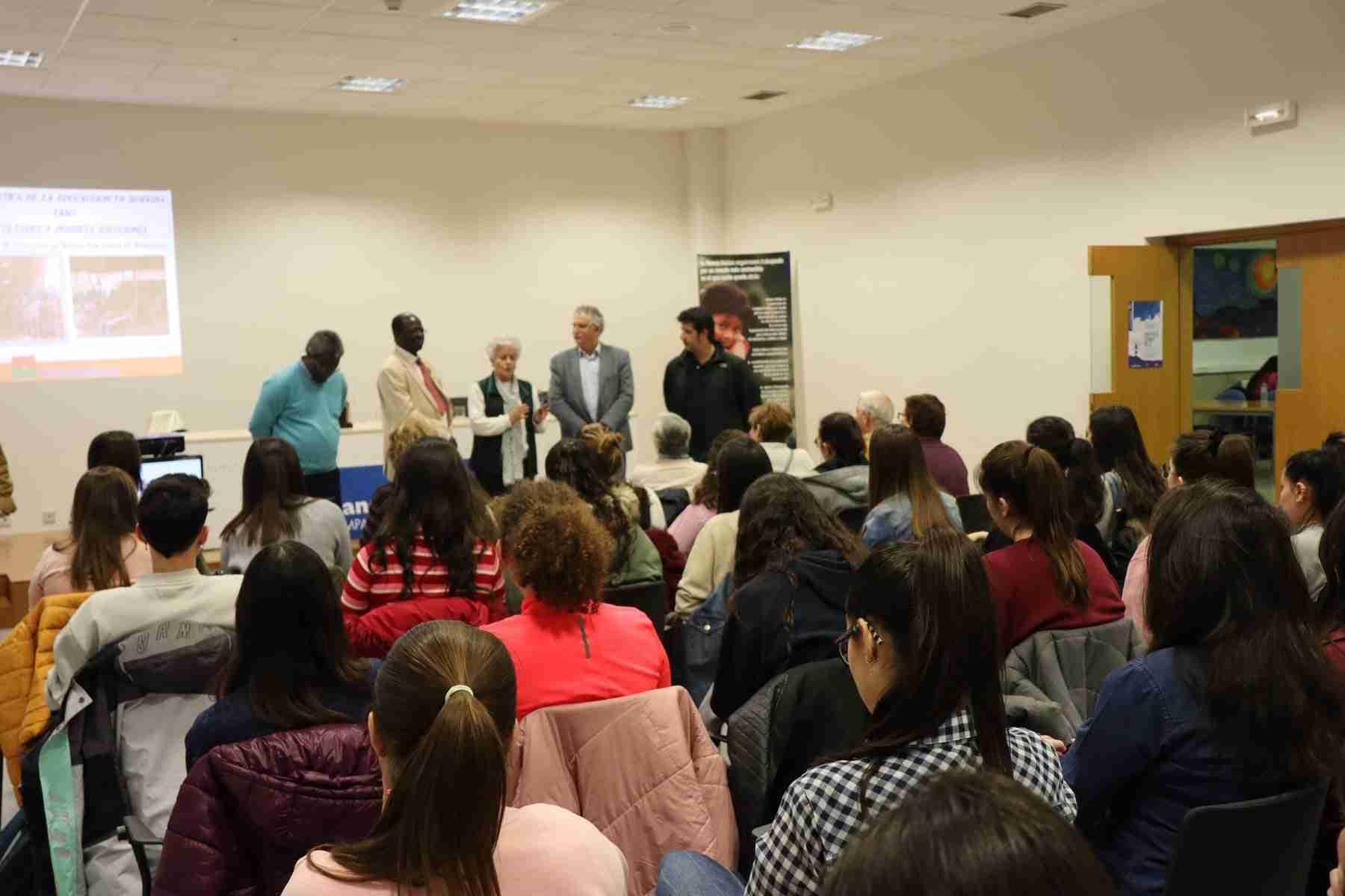 Hamidou Keivin presenta el proyecto de Manos Unidas en Burkina Faso 14