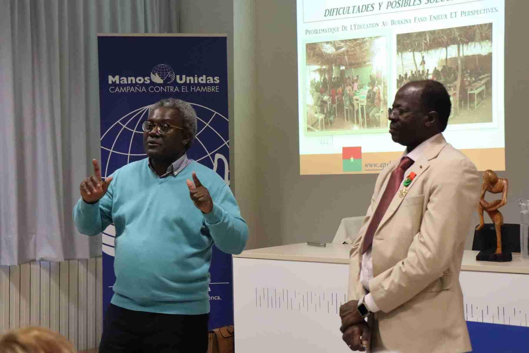 Hamidou Keivin presenta el proyecto de Manos Unidas en Burkina Faso 15