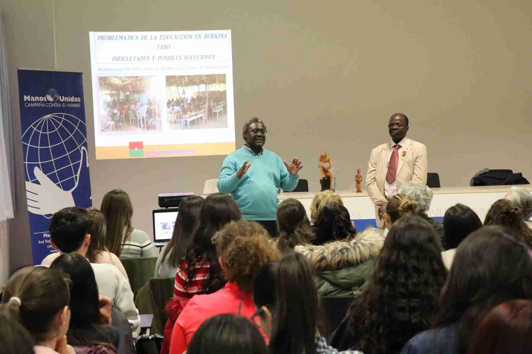Hamidou Keivin presenta el proyecto de Manos Unidas en Burkina Faso 16