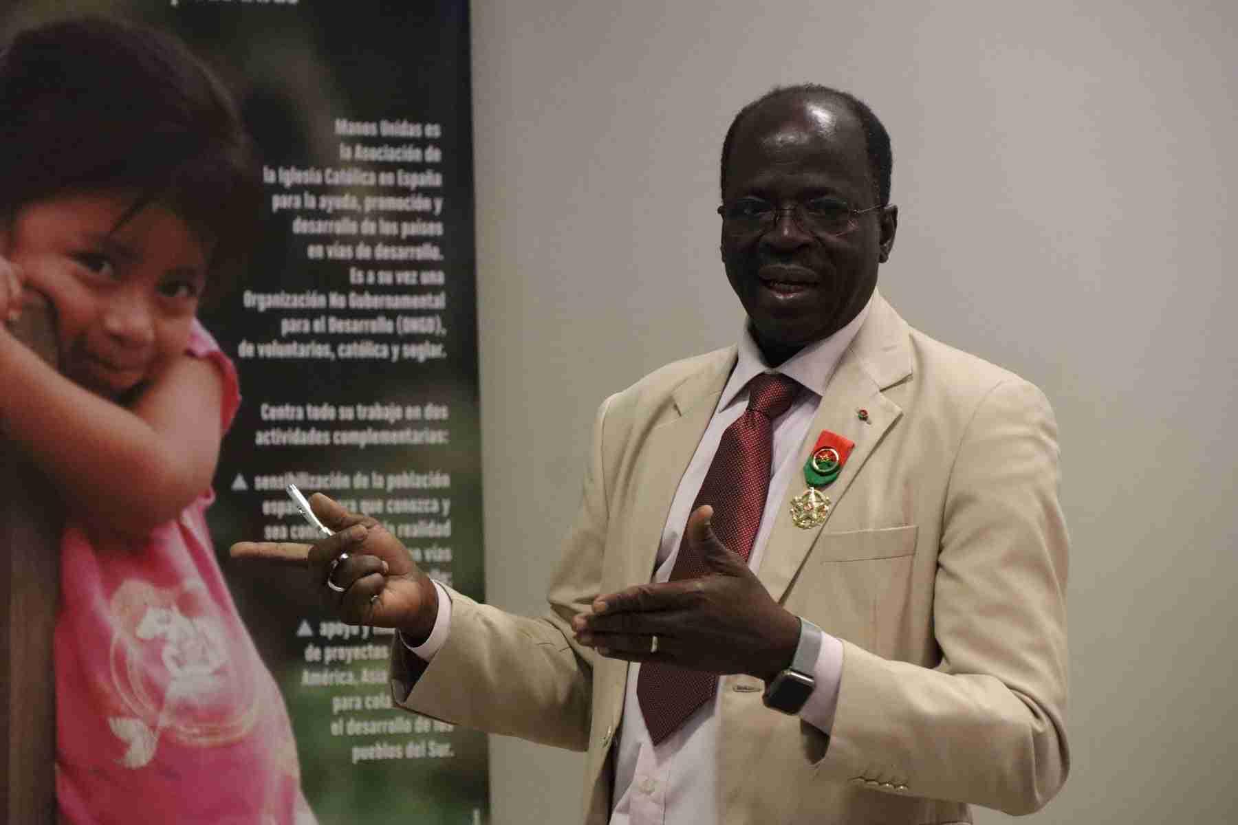 Hamidou Keivin presenta el proyecto de Manos Unidas en Burkina Faso 18