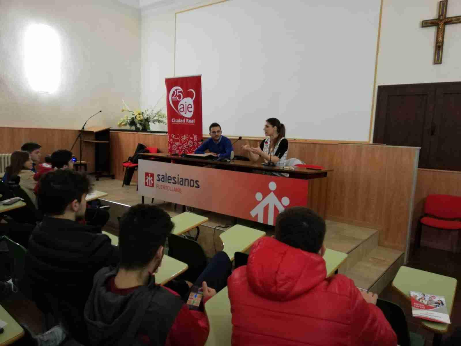 AJE fomenta la cultura del emprendimiento entre el alumnado de Secundaria de Puertollano 7
