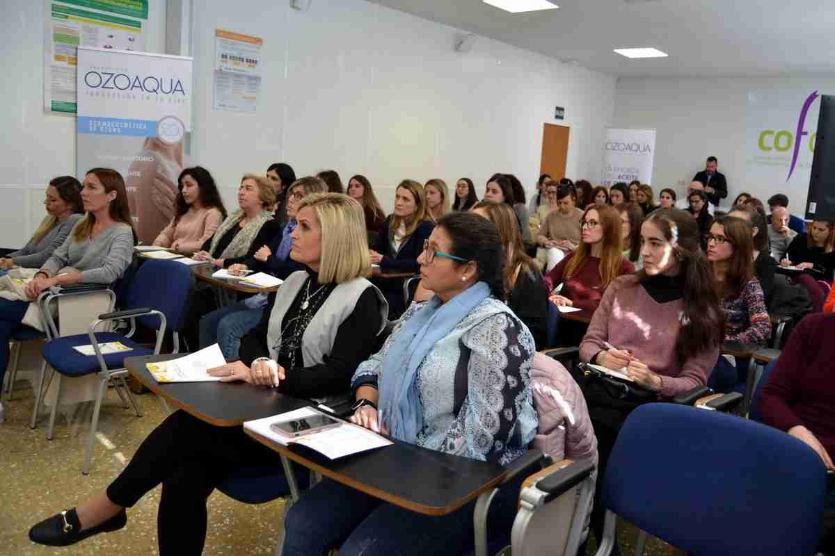 Los farmacéuticos de Ciudad Real mostraron gran interés en los protocolos de actuación dermofarmacéutica en patologías inflamatorias de la piel con aceites ozonizados 2