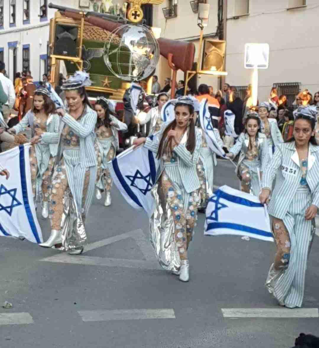 """Polémica por el desfile de """"Holocausto"""" del grupo de Las Mesas en el Carnaval de Campo de Criptana 12"""