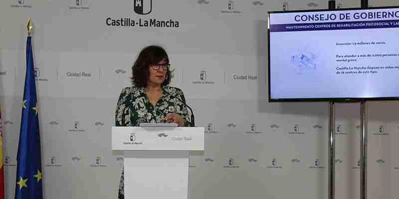 """El Gobierno de Castilla-La Mancha insta a Echániz a pedir perdón por el insulto a las familias en su última """"indecencia política"""" 1"""
