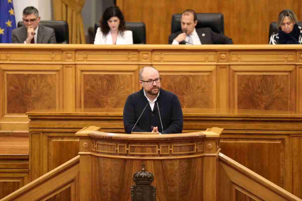 presidente parlamentario de Cs se refiere a la ley de evaluacion ambiental