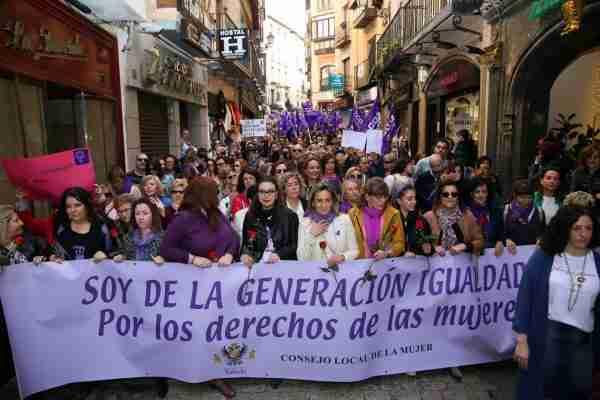 11_manifestacion_mujer