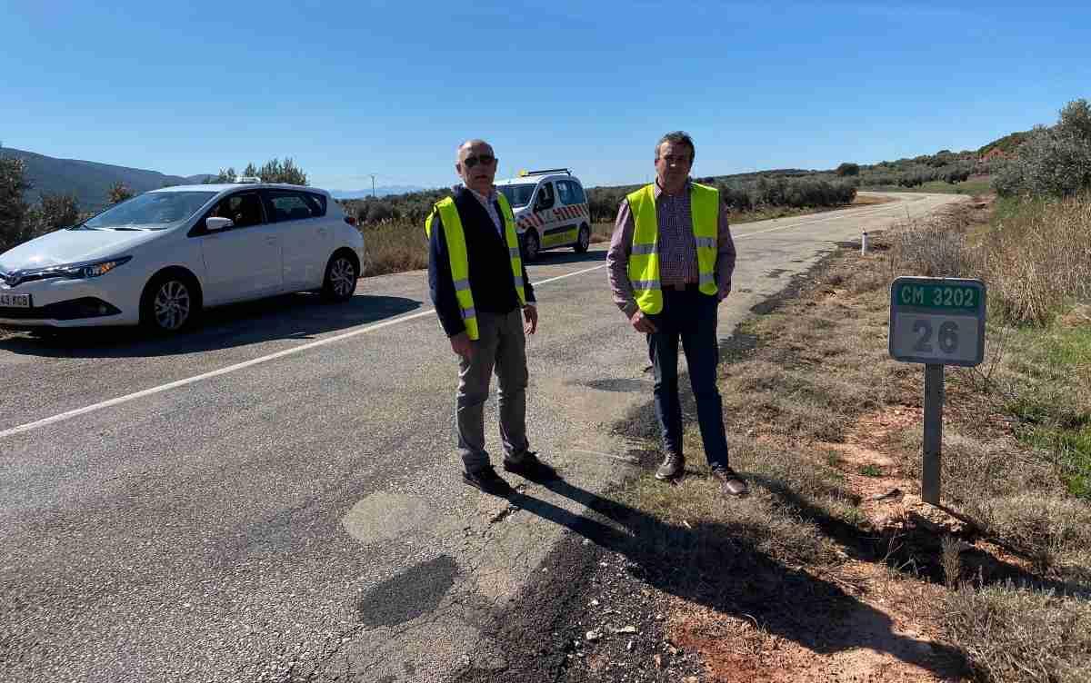 Acondicionamiento de la carretera de la CM-3202 entre Albaladejo y Villanueva de la Fuente