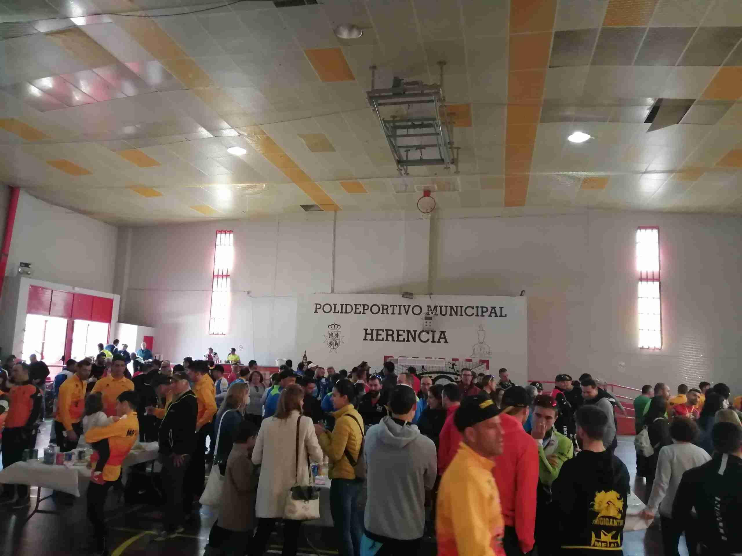 Más de 200 corredores participaron en el X Circuito BTT en Herencia 1