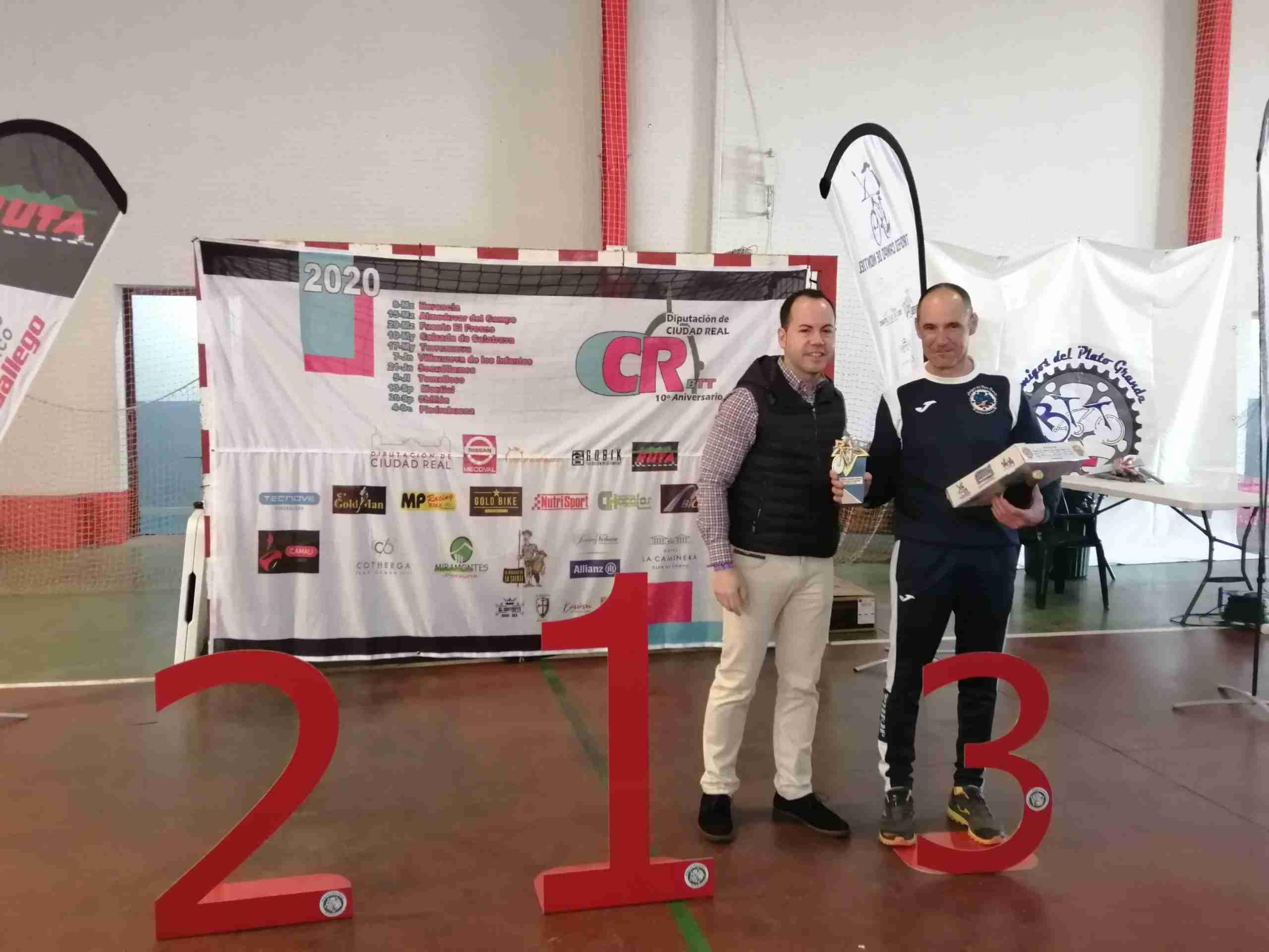 Más de 200 corredores participaron en el X Circuito BTT en Herencia 3