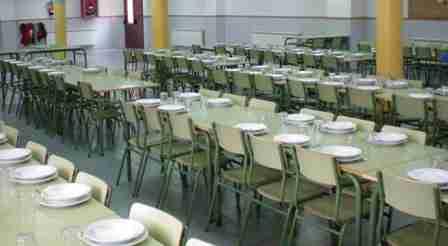El Gobierno regional empezó a repartir menús escolares para alumnos becados con ayudas de comedor escolar 1