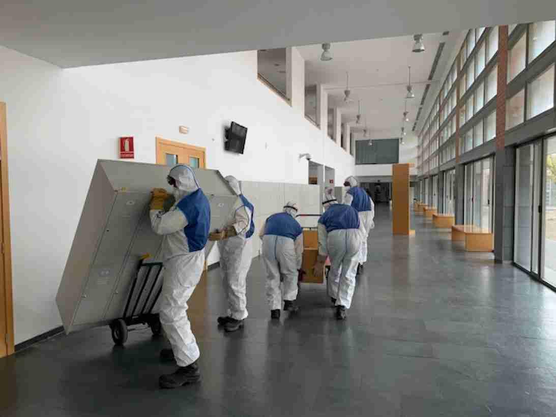 El Gobierno regional empieza a acondicionar la Facultad de Medicina de Albacete como dispositivo sanitario y así aumentar la capacidad de respuesta ante el coronavirus 1