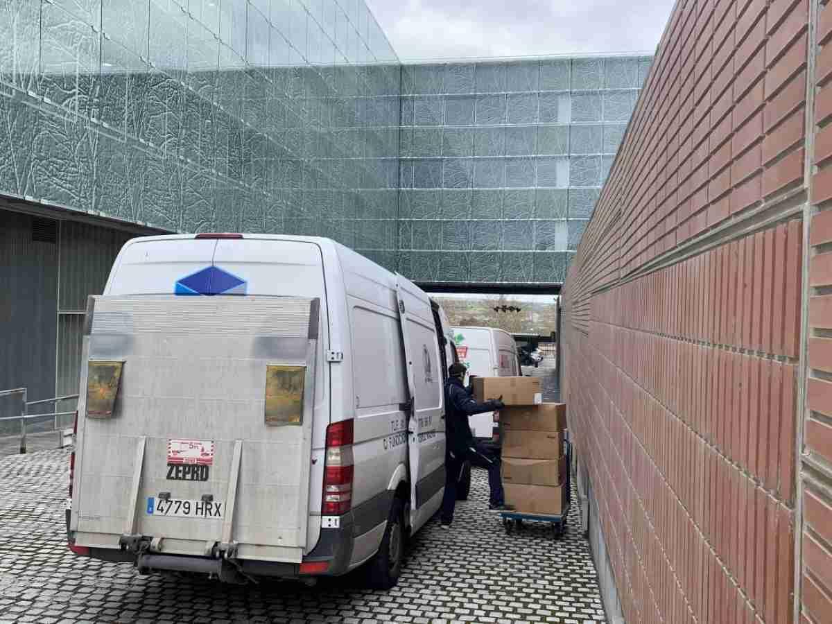 gobierno regional entrega hoy articulos de proteccion a centros sanitarios