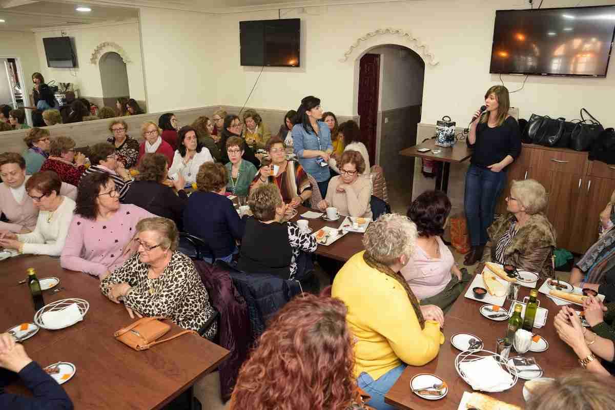 Gran convocatoria del Centro de la Mujer y 'Desayuna con nosotras' 1
