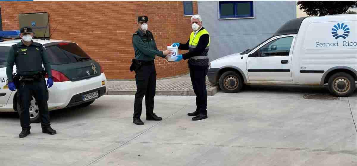 Pernod Ricard España donó 9.000 litros de gel hidroalcohólico para luchar contra el COVID-19 1