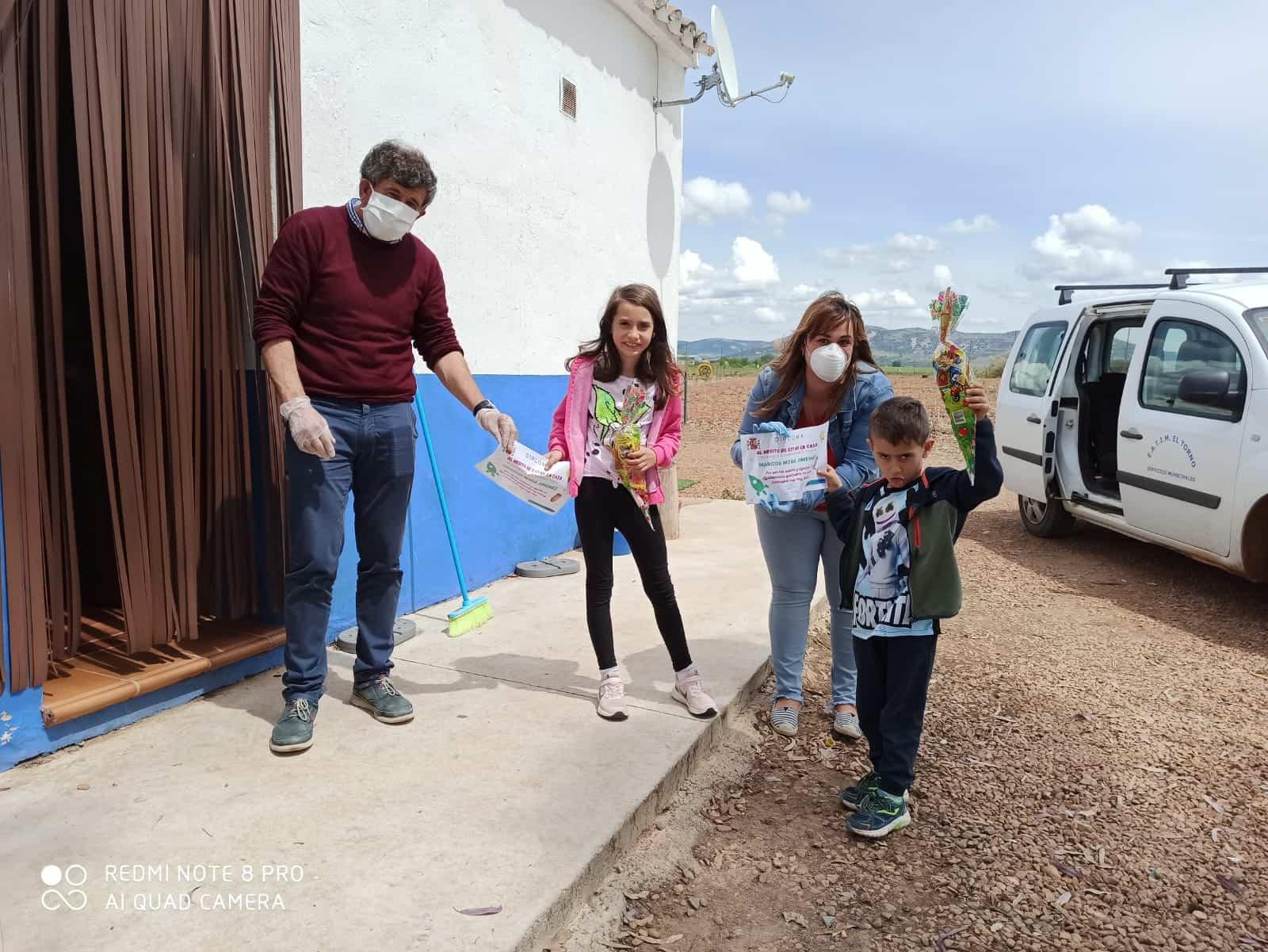 El alcalde de El Torno agradece a los niños su colaboración en la lucha contra el coronavirus 10