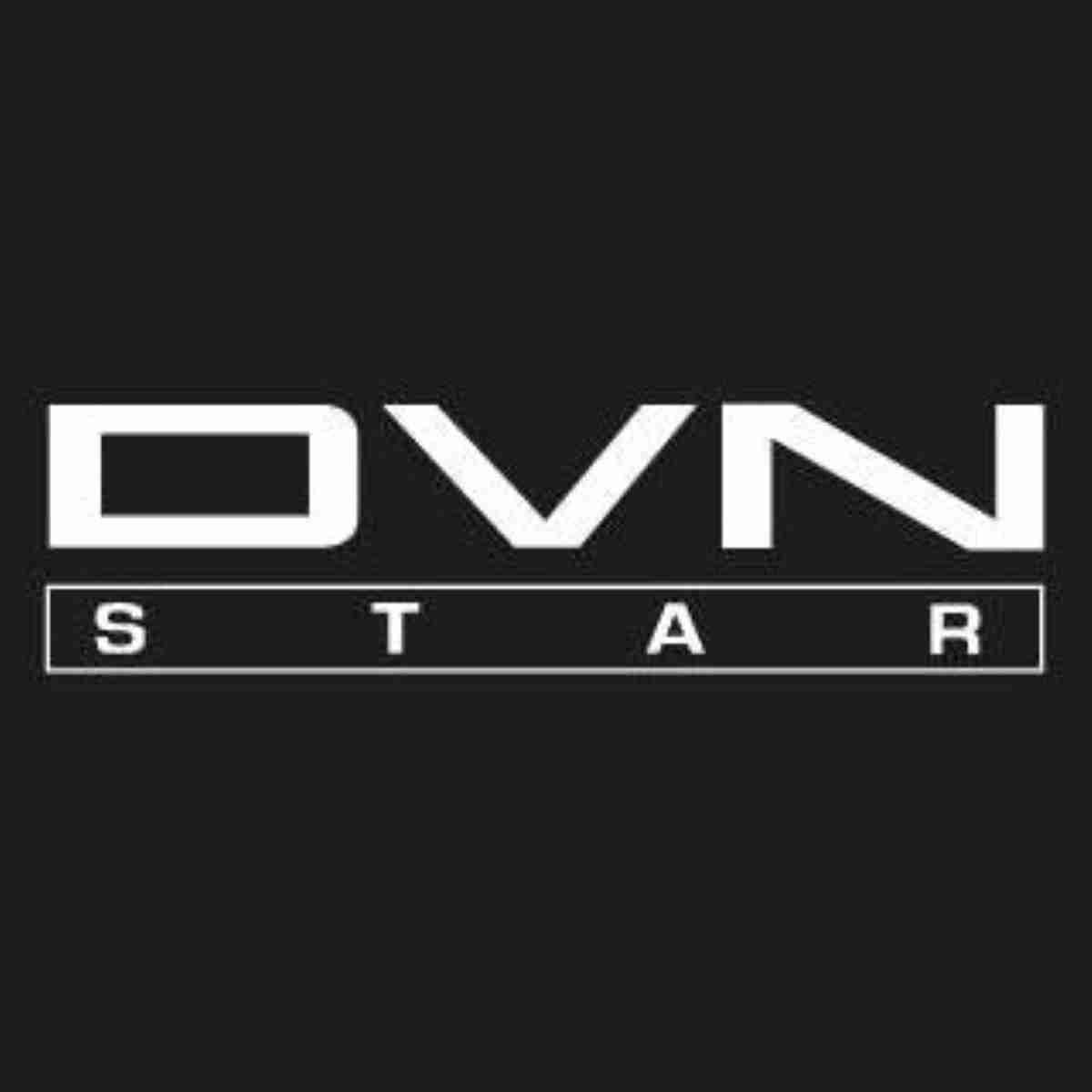 divani star colabora confeccionando batas y mascarillas