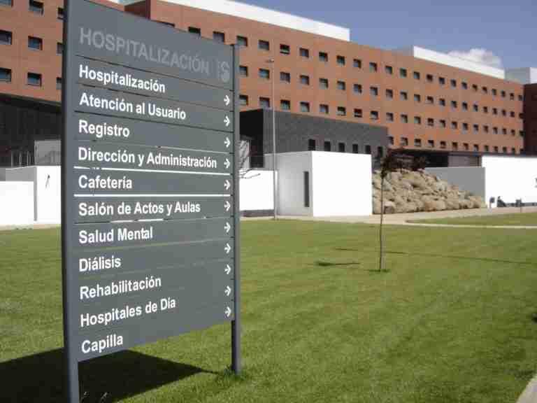 CSIF reclama equipos de protección homologados y suficientes para los profesionales del Hospital de Ciudad Real