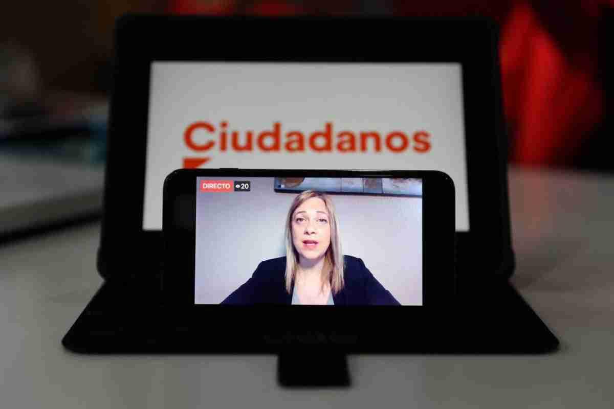 videoconferencia de carmen picazo portavoz de ciudadanos en clm