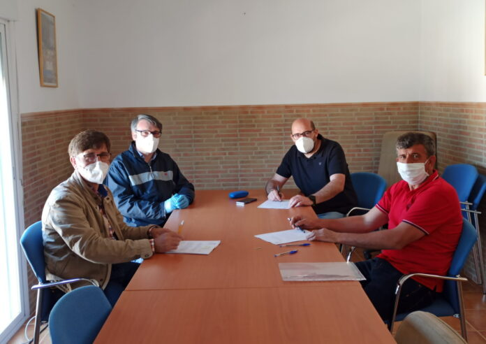 firma contrato vivienda tutelada mayores el torno