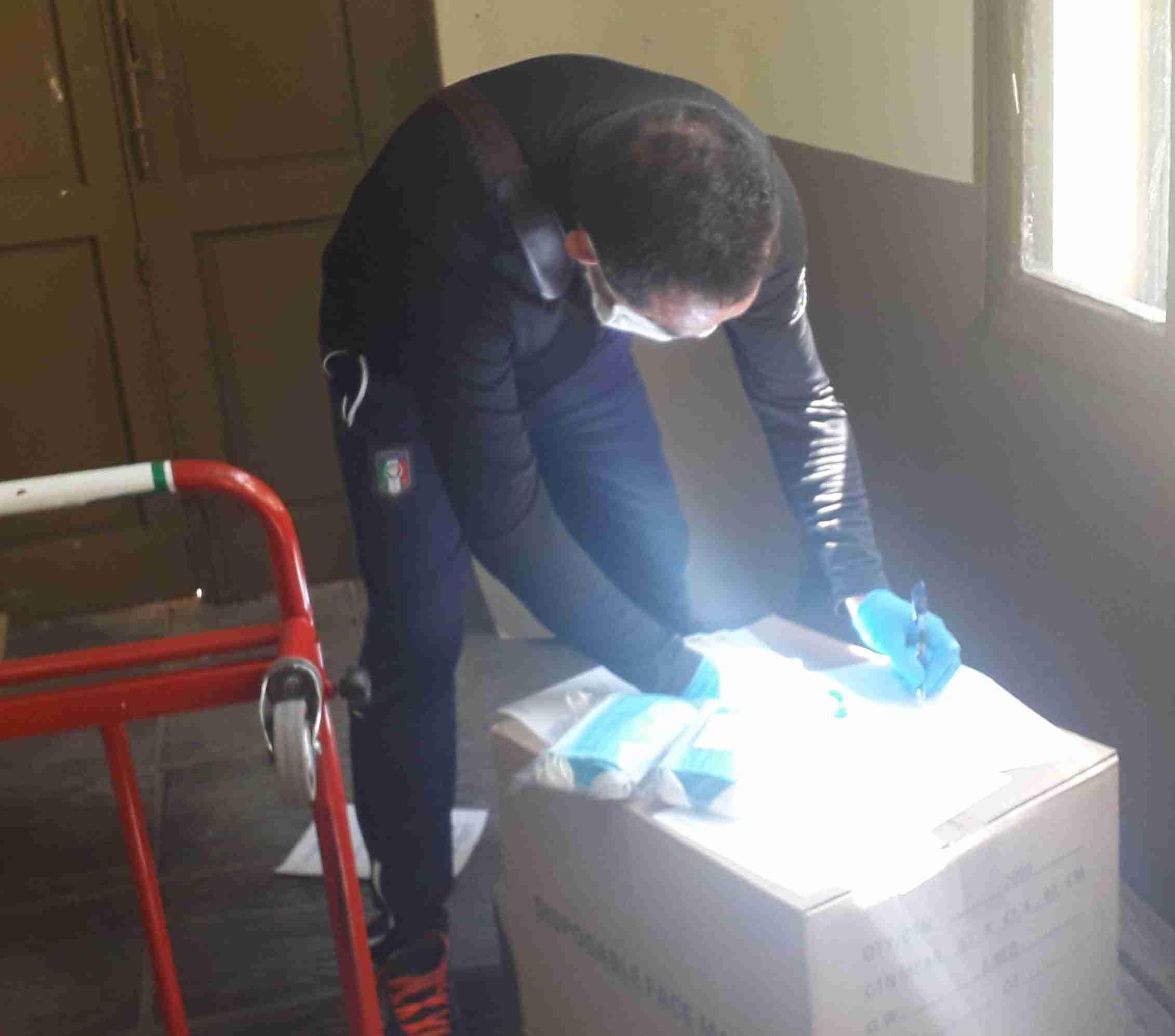 La Subdelegación de Gobierno de Ciudad Real entrega 18.000 mascarillas a Cruz Roja, Cáritas y el Cermi 7