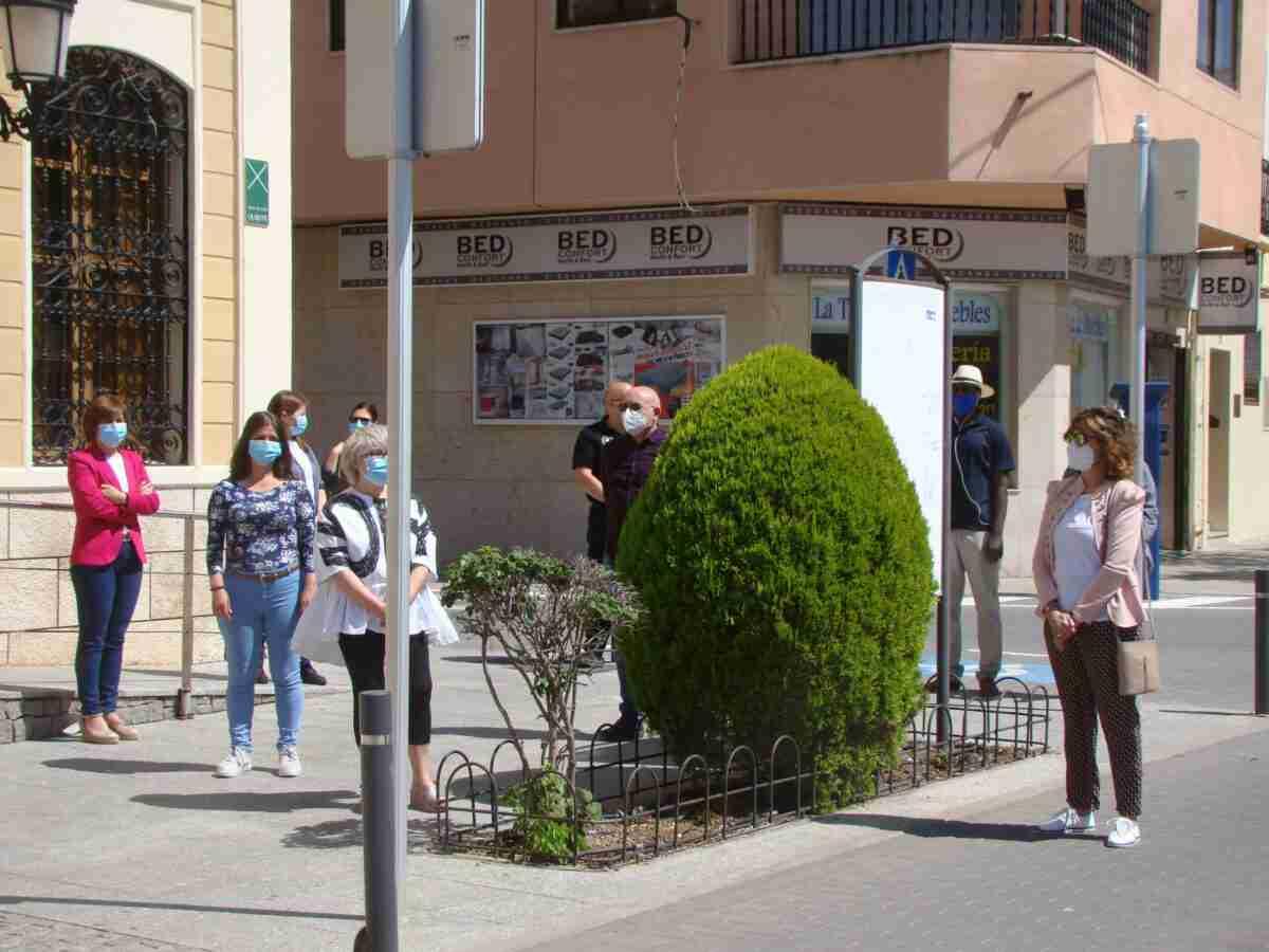Quintanar guardó un minuto de silencio por las víctimas del COVID-19 3
