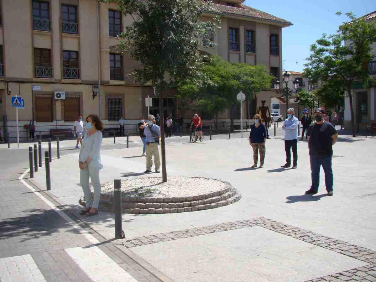 Quintanar guardó un minuto de silencio por las víctimas del COVID-19 1