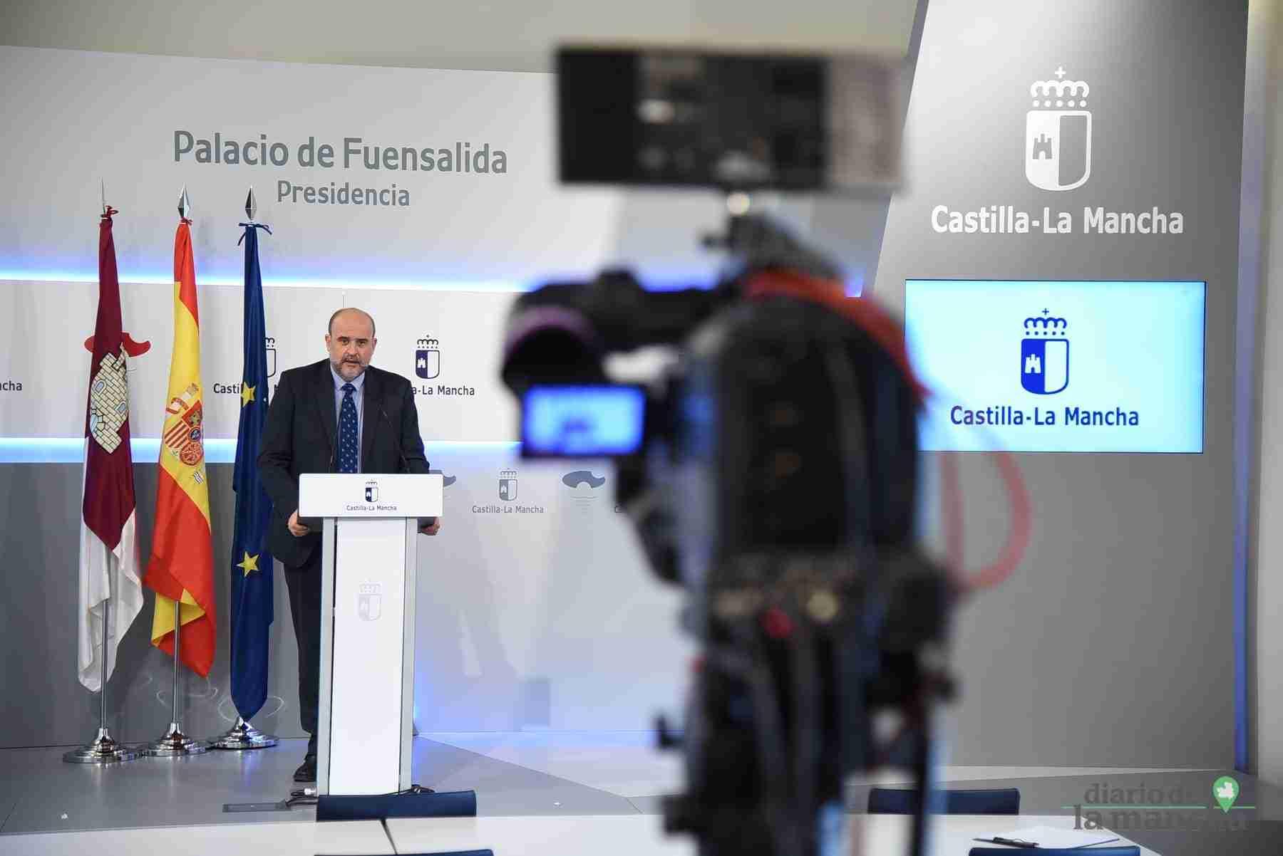 Videoconferencia de los presidentes autonómicos con el presidente del Gobierno de España 19