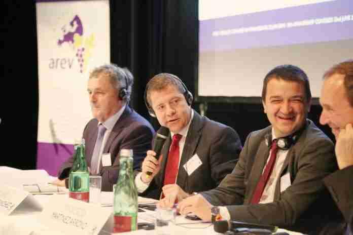 CLM y AREV solicitan presupuesto extraordinario vino comision europea