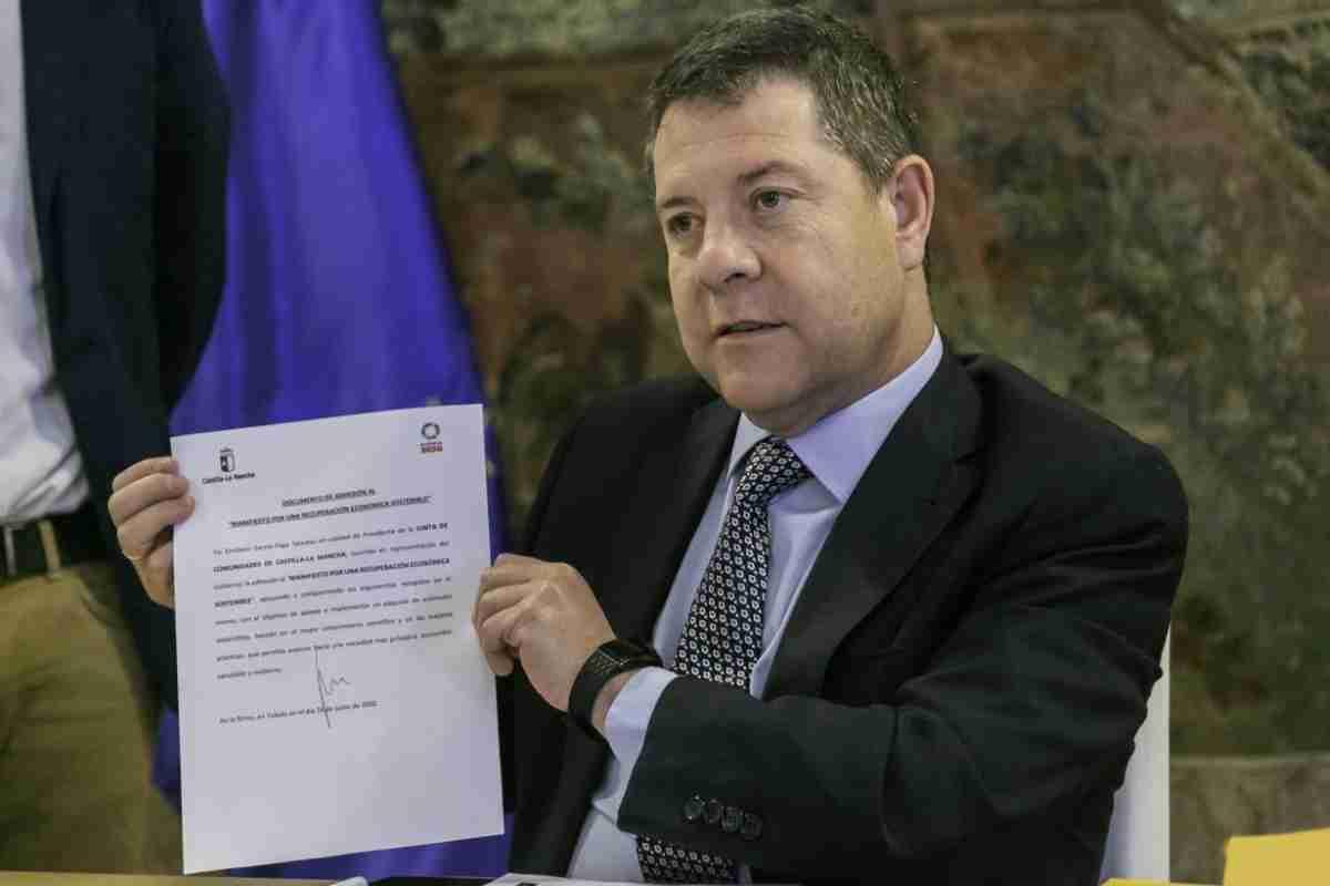 garcia page firma manifiesto por recuperacion economica sostenible