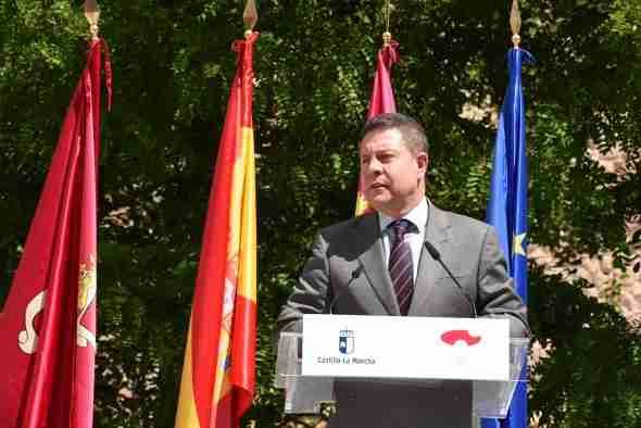 El presidente regional anunció la compra de equipos tecnológicos y material de protección sanitario por 51,6 millones de euros 1
