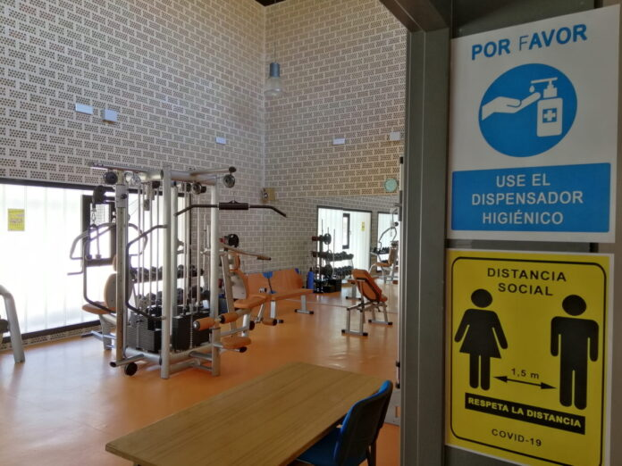 reabren gimnasio y permanecera cerrada piscina municipal torralba calatrava