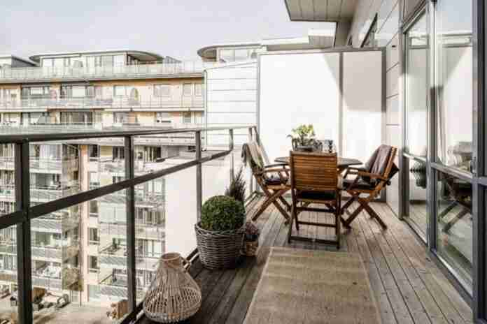 compradores buscan viviendas con terraza y balcon