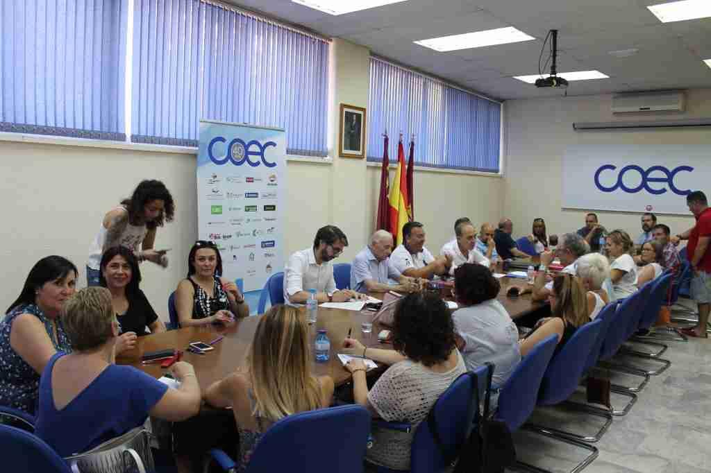 Patronales y sindicato vuelven a la negociación del convenio colectivo de Limpieza de Edificios y Locales en Albacete 1