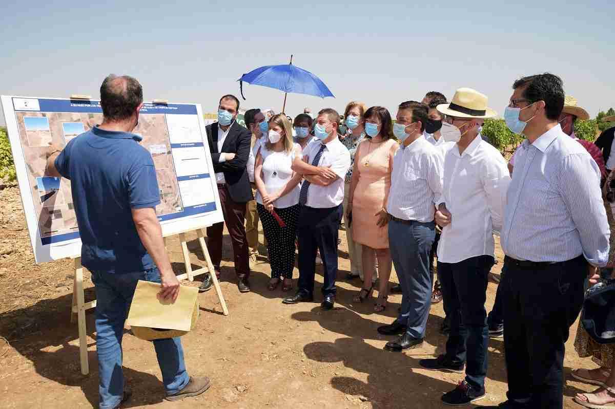 Inaugurada la adecuación del camino de Cirujano en los tramos de Argamasilla de Alba y Campo de Criptana 6