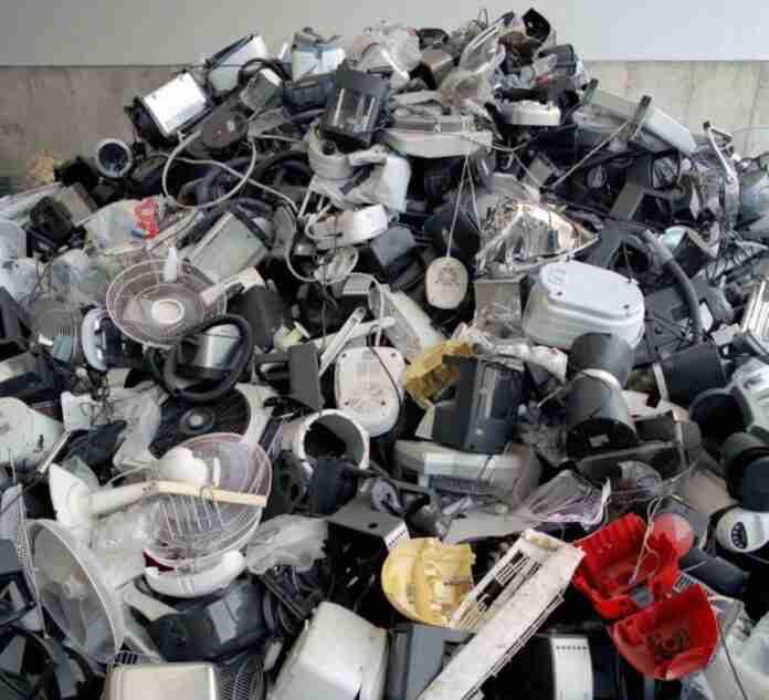 residuos electronicos ecolec clm