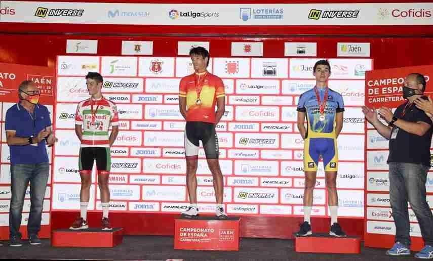 Javier Romo, de Castilla-La Mancha, irrumpe exhibiéndose para ganar el Campeonato de España sub23 de ciclismo 1