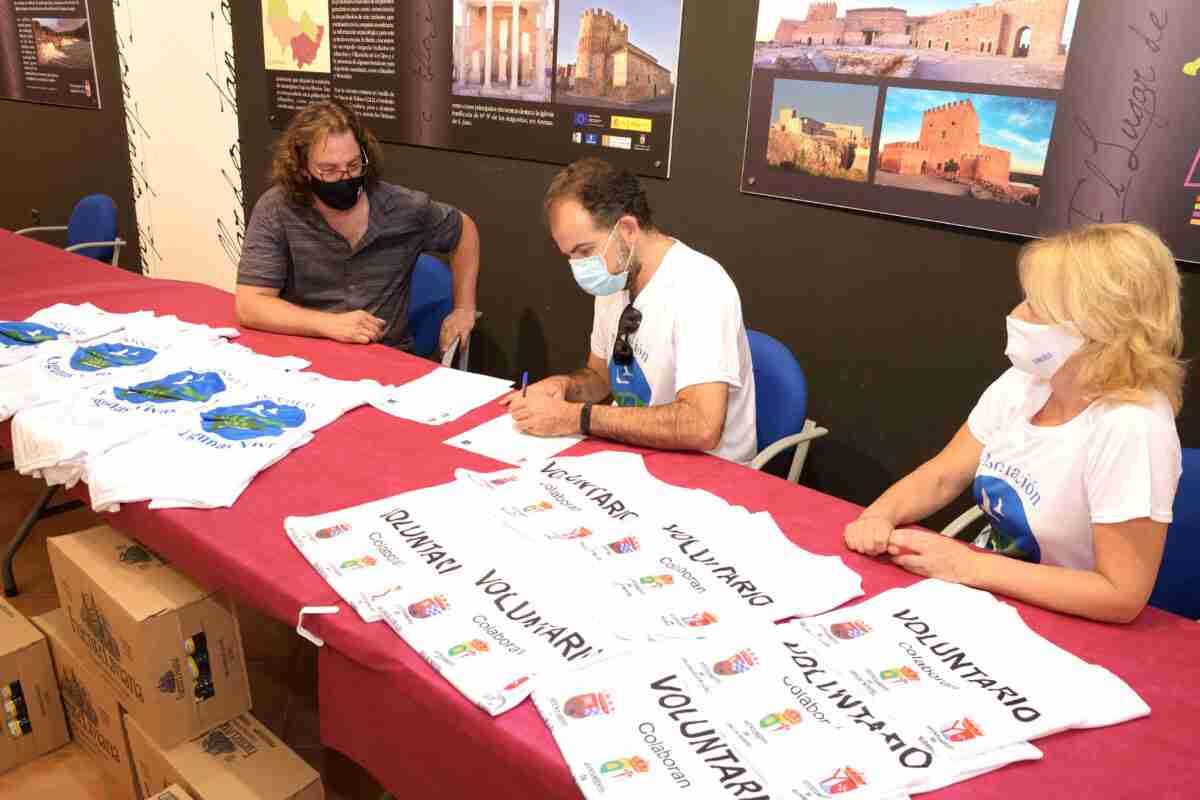 Trabajo conjunto del Ayuntamiento de Argamasilla de Alba y la Asociación Lagunas Vivas para limpiar el Parque Natural 'Lagunas de Ruidera' 2