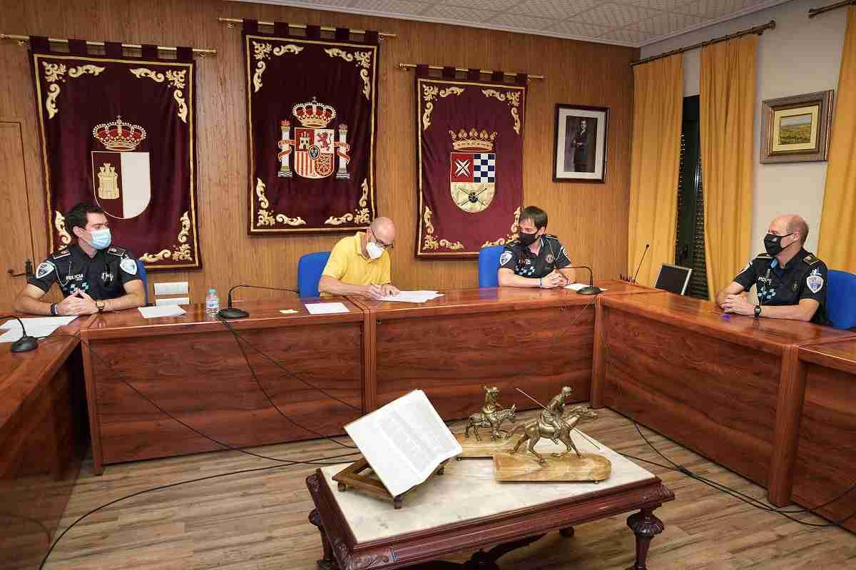 Dos nuevos agentes se incorporan a la plantilla de la Policía Local de Argamasilla de Alba 3