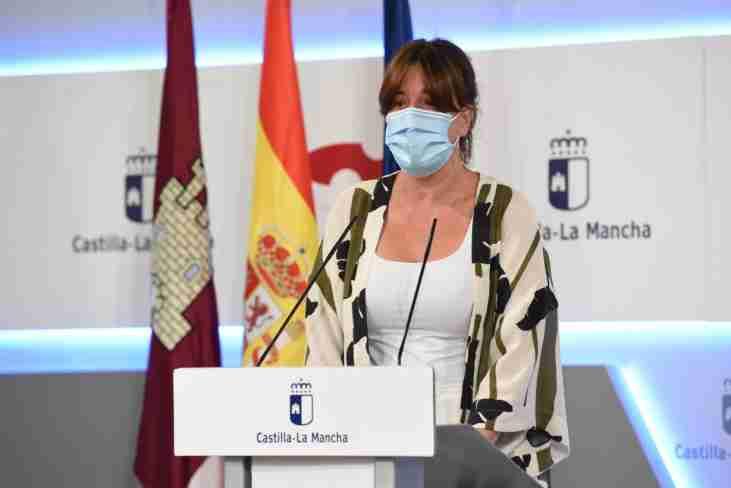 El Gobierno regional realizó un nuevo envío a los centros sanitarios con casi 4,5 millones de artículos de protección 1
