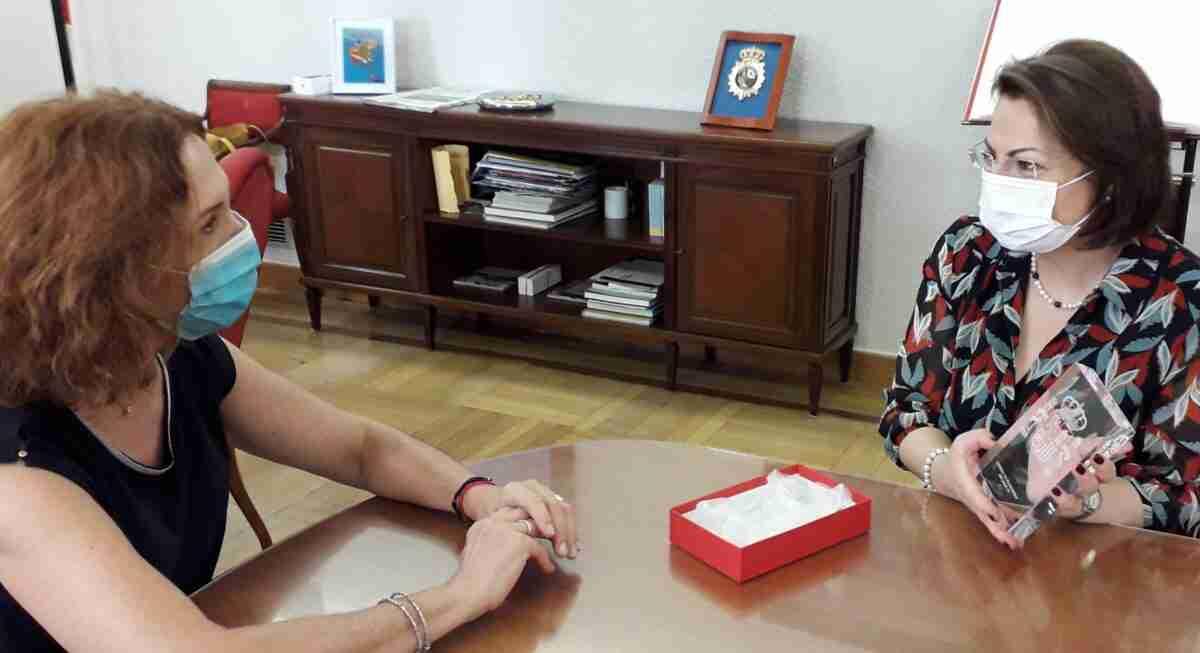 La subdelegada de Ciudad Real despide a la cónsul de Rumanía en la provincia 2