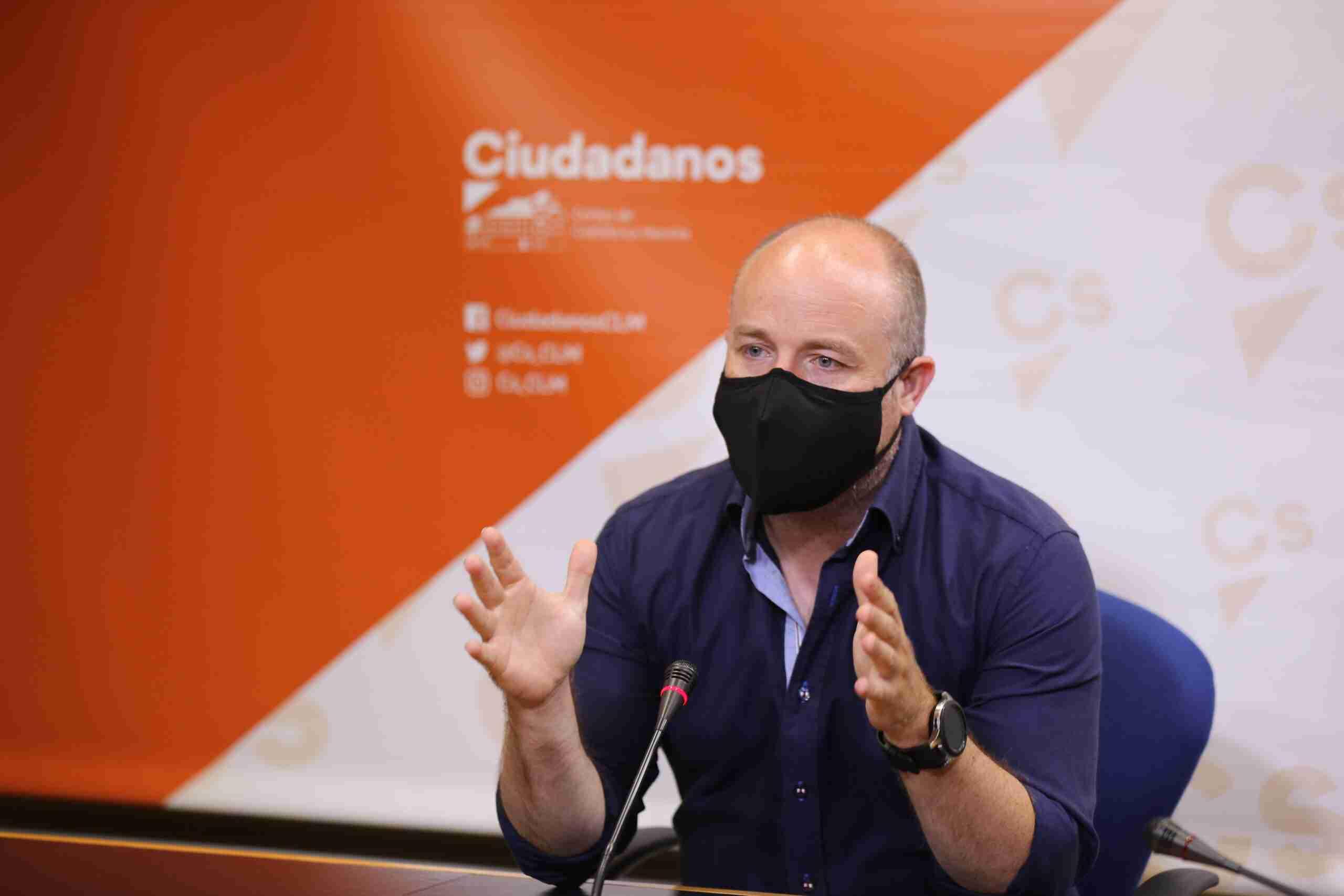 """Ruiz (Ciudadanos): """"Hay que decir alto y claro que al agricultor castellanomanchego se le está engañando"""" 1"""