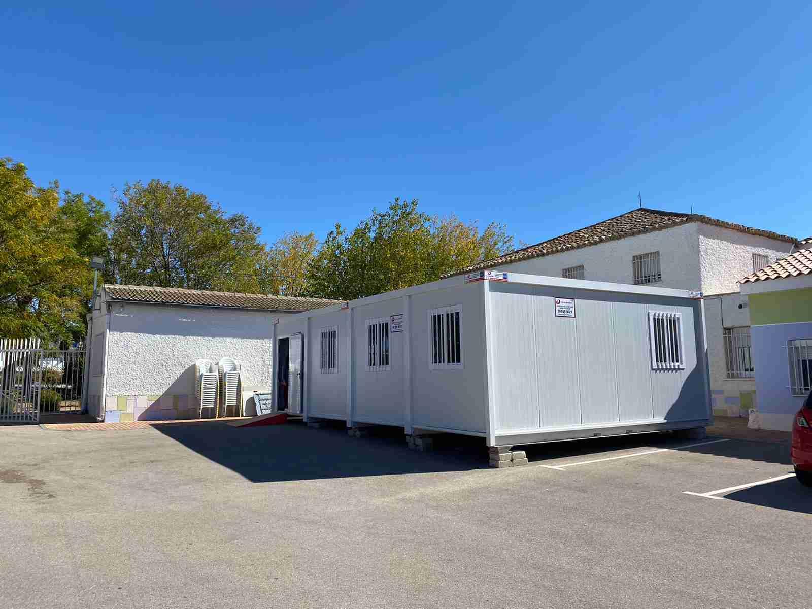 El Ayuntamiento dota a Asprodiq de un aula prefabricada además de otras ayudas materiales 5